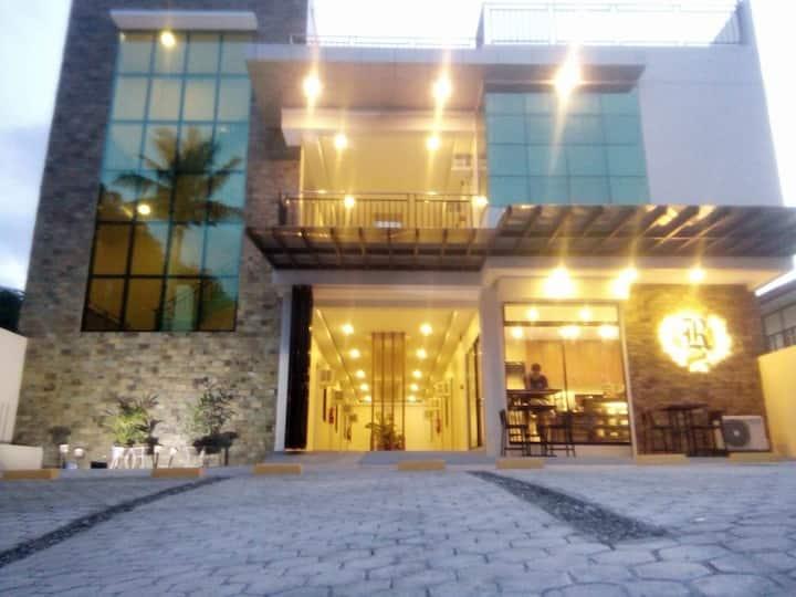 R Residencia