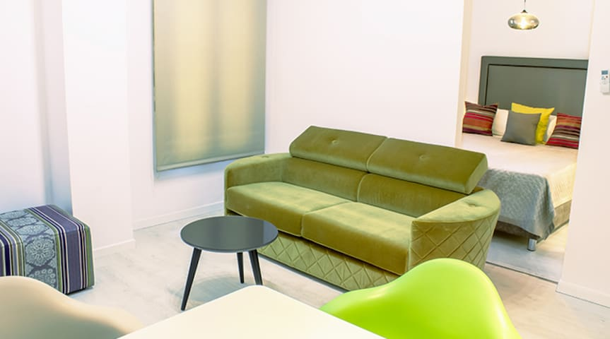 Santa Cruz Apartments Málaga - The two of us (Apt. 9)