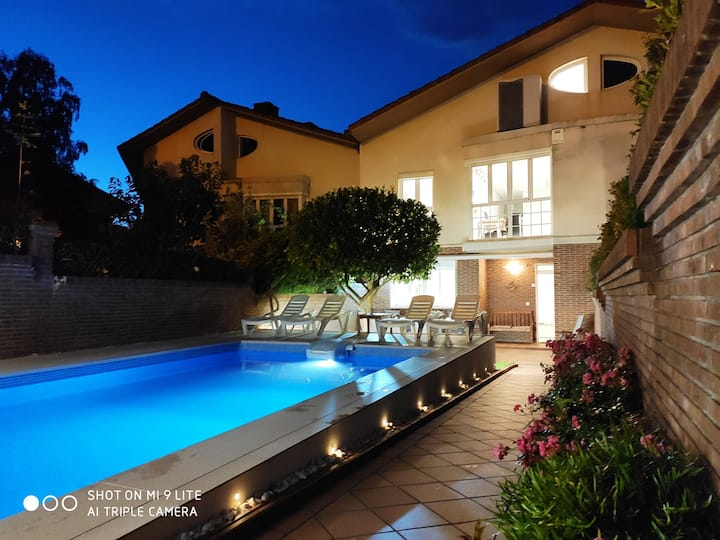 House with pool 8 minutes from San Sebastian