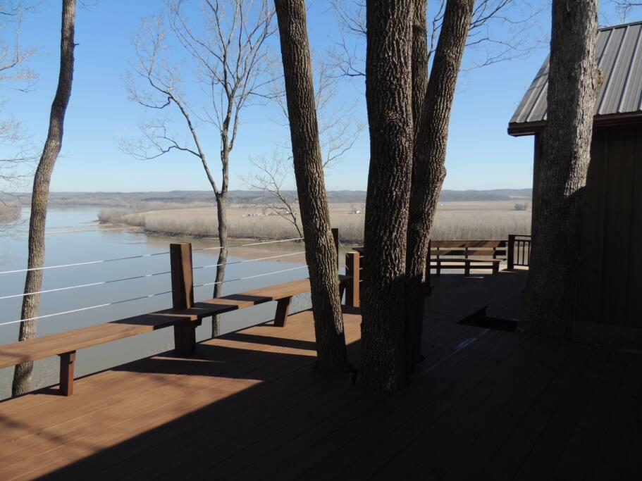 Stunning Missouri River view even in winter.