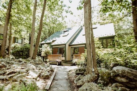 Scenic Laurel Highlands Mountain Retreat