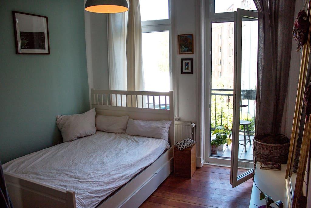 sonnige 3 zimmer wohnung am schrevenpark wohnungen zur miete in kiel schleswig holstein. Black Bedroom Furniture Sets. Home Design Ideas