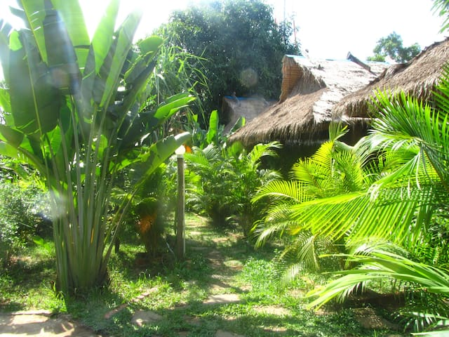 Tropical villa house & bungalows - Krong Preah Sihanouk - House