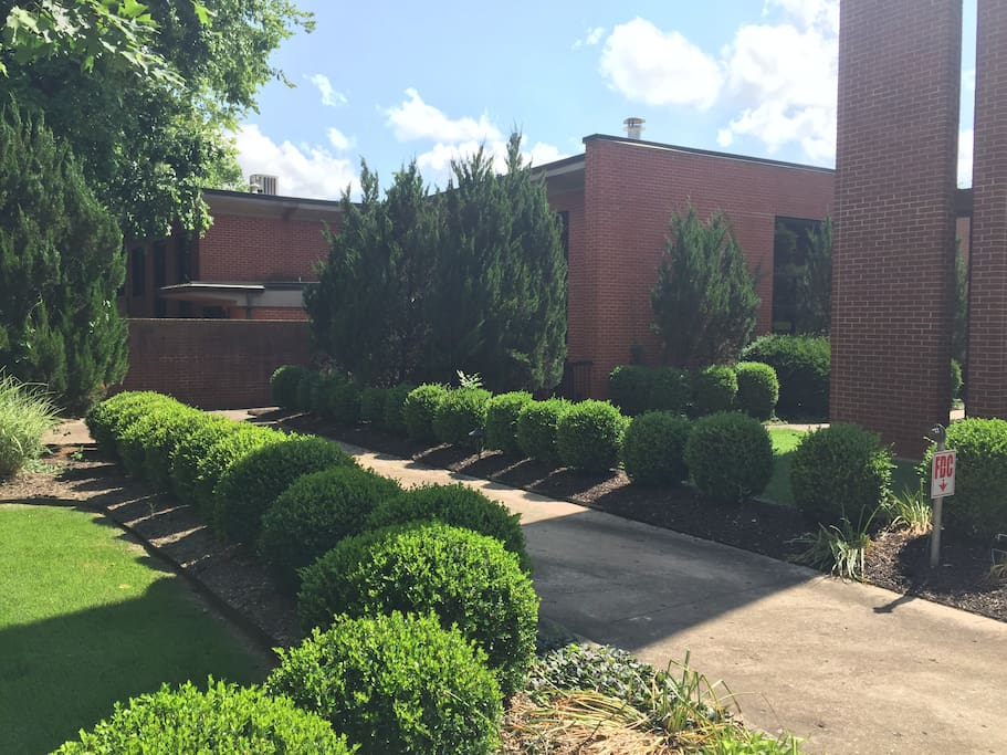 Perfect Location For Bikes Blues And Bbq Condominiums For Rent In Fayetteville Arkansas
