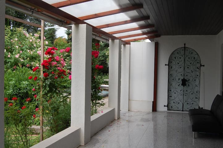 ROSE TERRACE Apartment, 50 m2 + Veranda