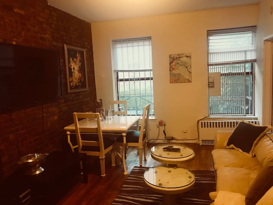 Charming One Bedroom Apt On The Upper East Side Apartments For Rent In New York New York