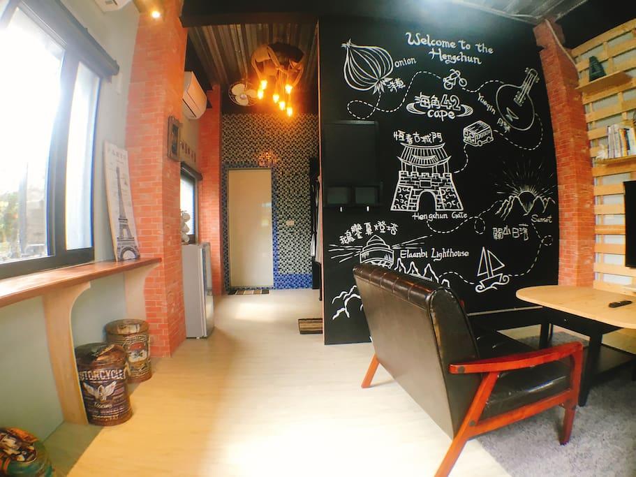 寬敞舒適輕工業風客廳空間