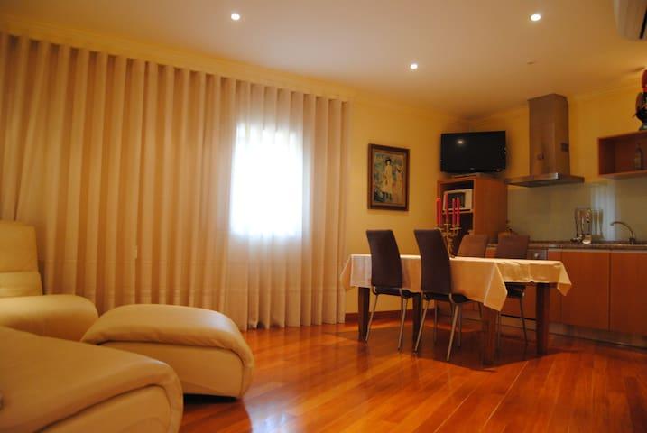 Apartamento T2 dentro da casa da Quinta