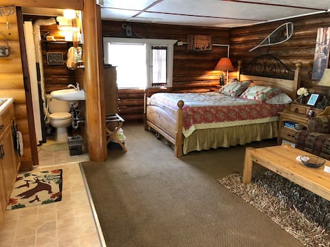Cabin #3 In the Heart of Grand Lake w/ HOT TUB!