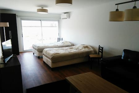Luminoso,new, free wifi, excelente - Montevideo - Appartamento