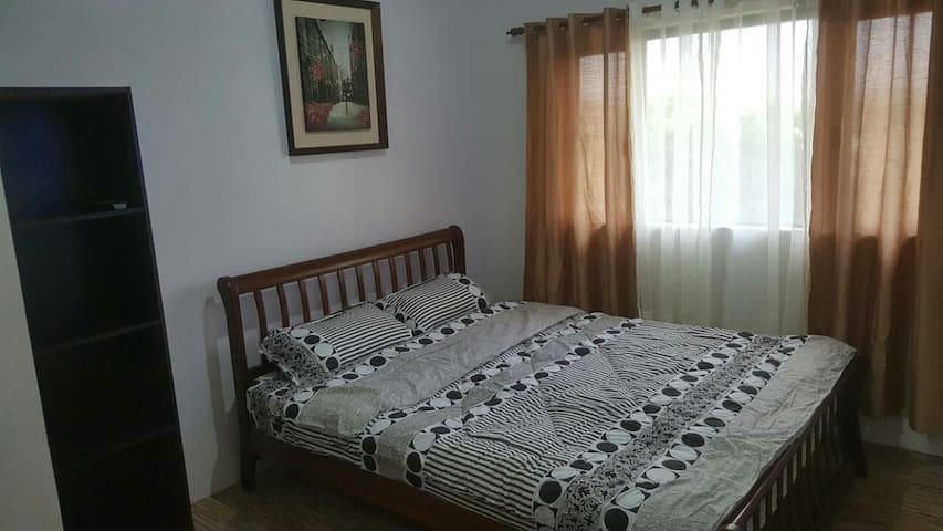 Comfy & Convenient Flat in Studio City Alabang