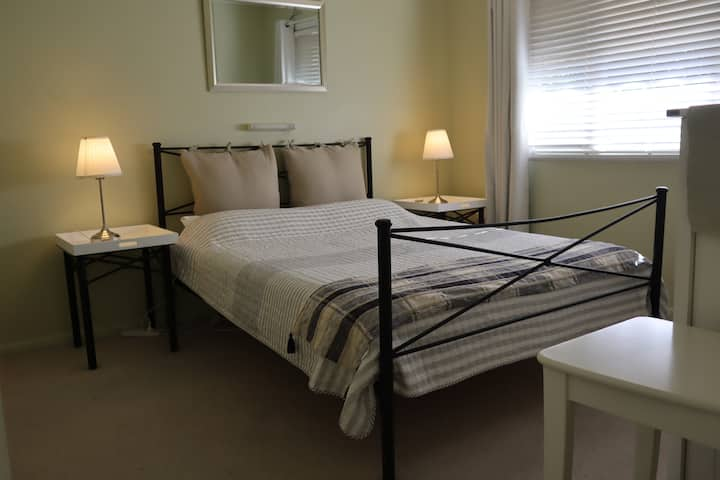Allergy friendly Albury Base: Clean, Cosy, CBD WFH
