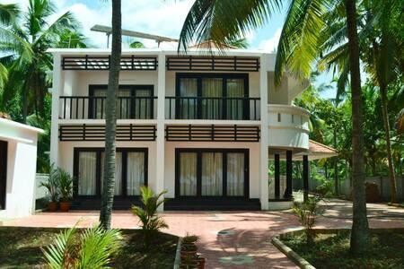 Beach House Home Stay in Trivandrum GF2 - Thiruvananthapuram