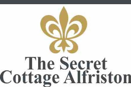 The 'Secret Cottage' Alfriston High Street