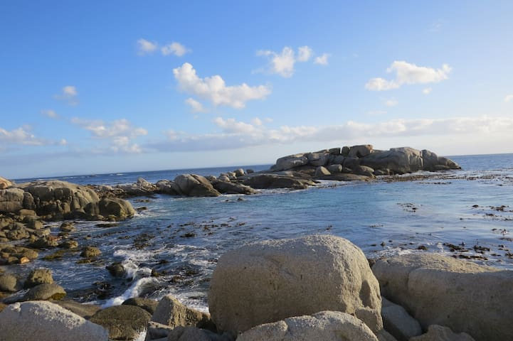The Lobster Pot - Simons Town Holiday Cottage