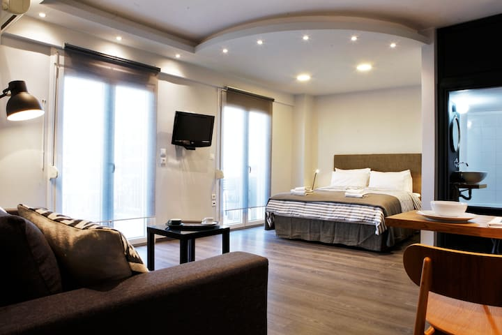 Renovated luxury studio close to the city center - Thessaloniki