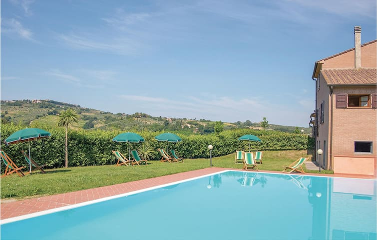 Holiday cottage with 4 bedrooms on 150m² in Montaione FI