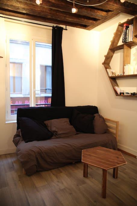 studio arts et m tiers appartements louer paris le de france france. Black Bedroom Furniture Sets. Home Design Ideas