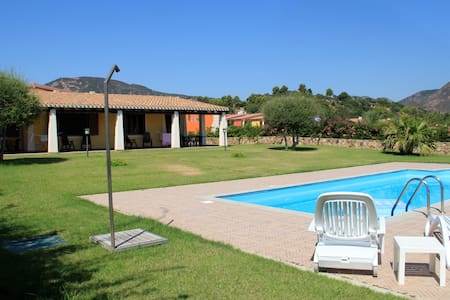 Villa con piscina Costa Est Sardegna - Tertenia