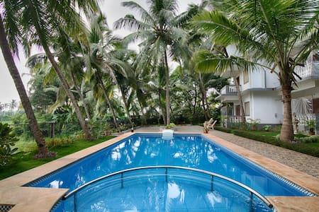 AC Studio Room With Swimming pool 1