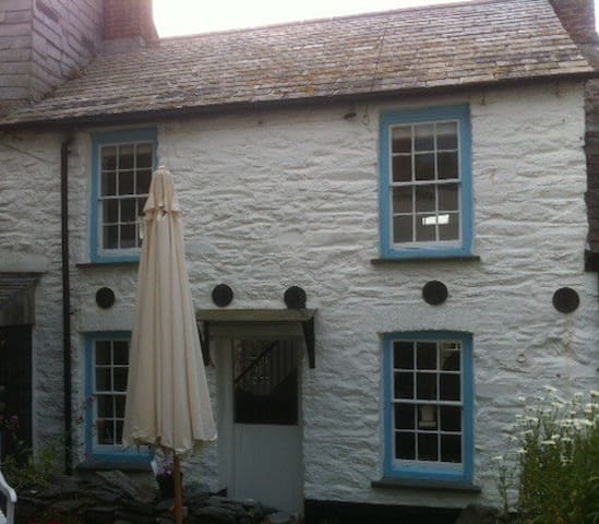 300 year old Fishermans Cottage - Port Isaac - 獨棟