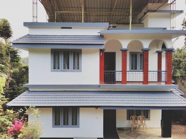 Maroli Homestay in Lush Wayanad - Kambalakkad - House