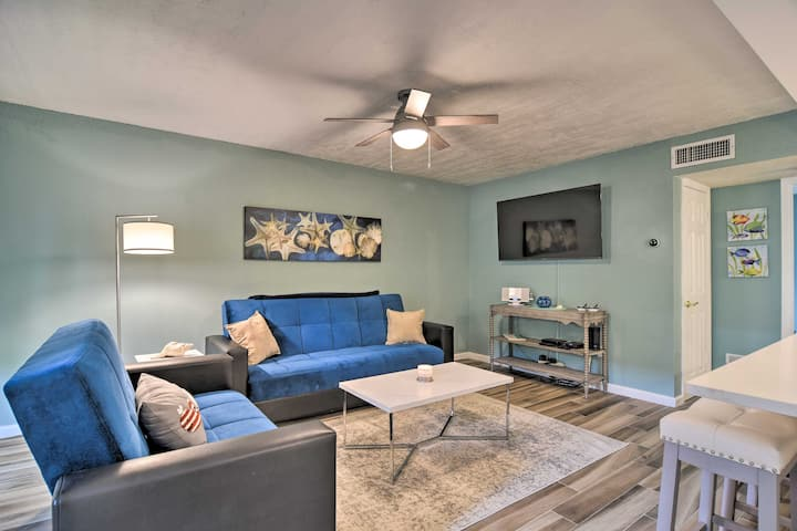 NEW! Lavish St. Pete Beach Escape w/ Pool Access!