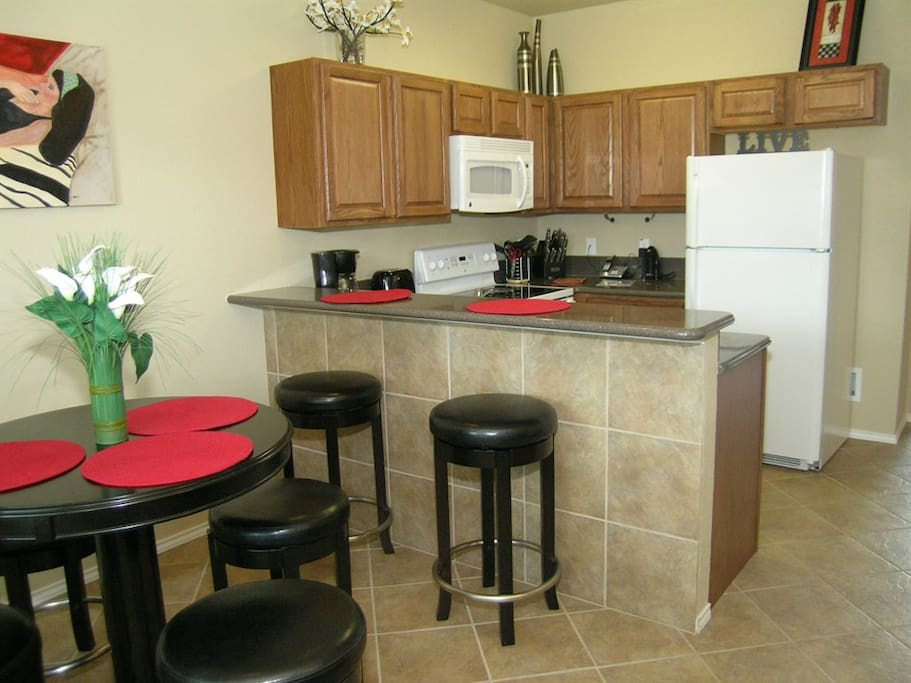 TRV-Blackstone-Dining Area and Kitchen