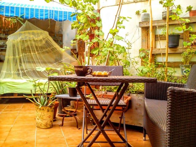 Habitación doble con terraza grande en Tarragona. - Tarragona - Andere