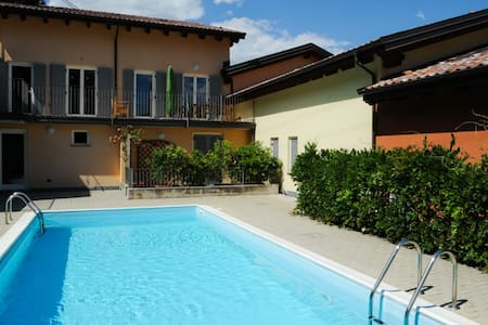 The Family Place with pool sleeps 6 - Calozzo