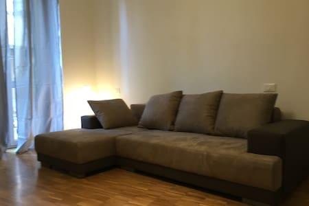 Nuovissimo appartamento in centro - Lejlighed