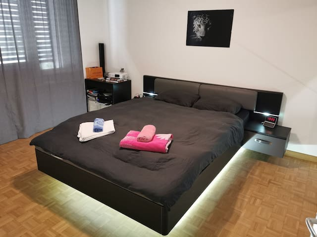 Moderne zwei zimmer Wohnung!!!