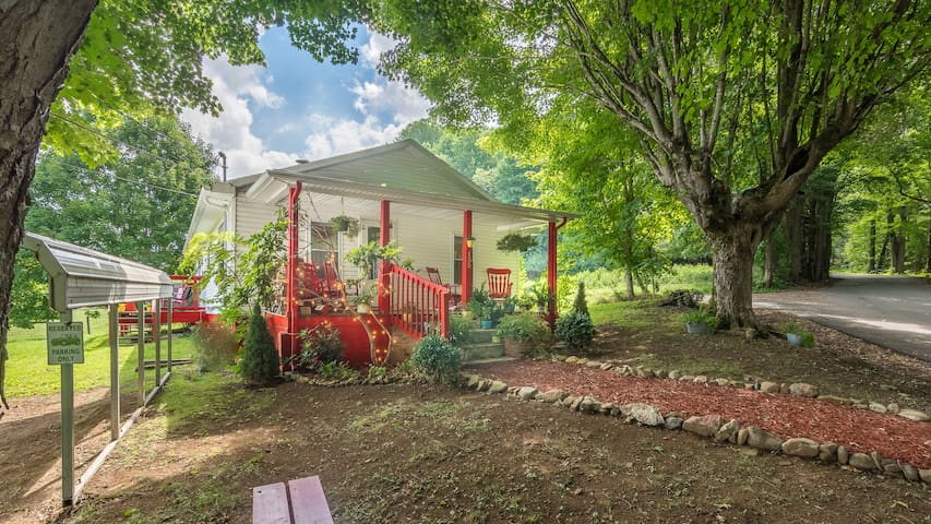 Cloudland Cottage of Roan Mountain - Roan Mountain - Maison