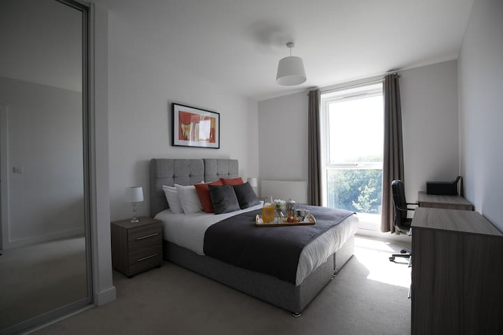 Cygnet Hse Serviced Apartment(Balcony) by Ferndale