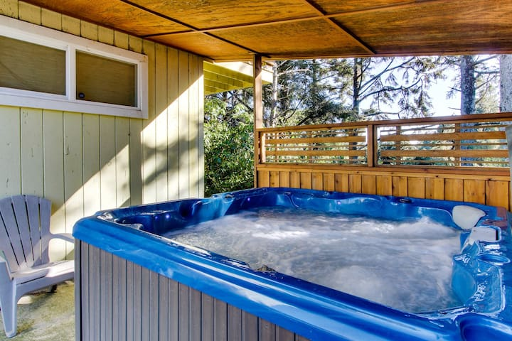Elegant, dog friendly home with stunning ocean views & private hot tub!