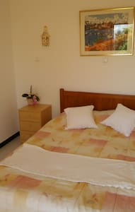 double room with  en suite and direct access to the outside.