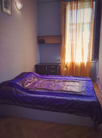 Room in big apartment with veranda - Tiflis