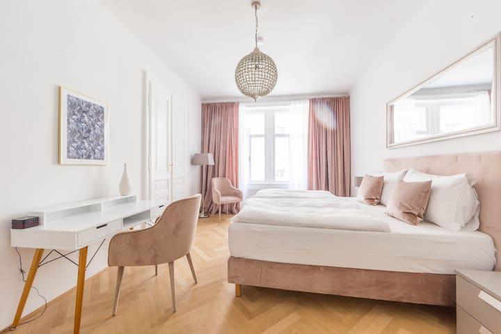 Spittelberg 2 Bedroom Apartment