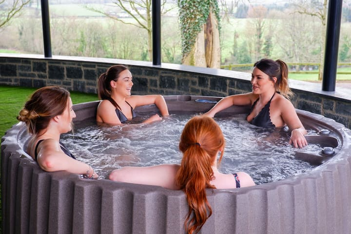 Red Oaks Lodge at Galgorm Spa and Golf Resort
