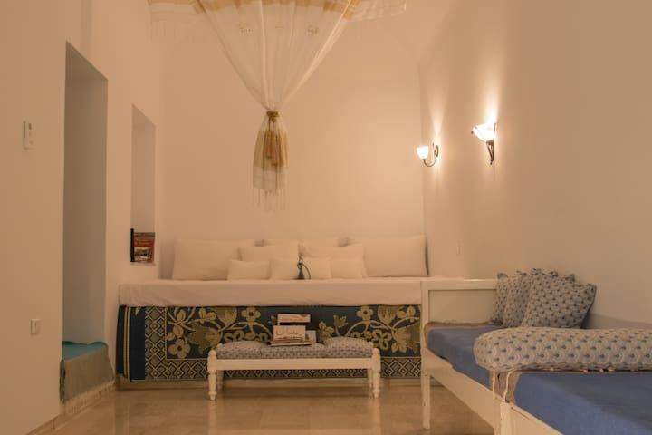 Dar Khadija, chambre d'hôte avec belle terrasse.