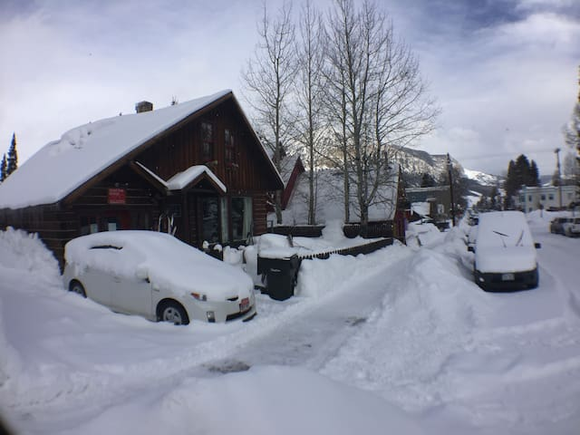 Top End of Elk downtown CB - Crested Butte - Casa