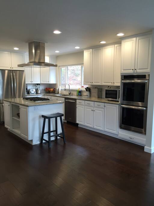 Completely remodeled kitchen with Stainless Steel appliances and everything you could possibly need