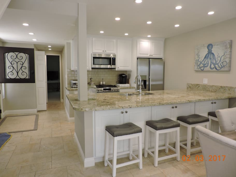Open concept kitchen & large island