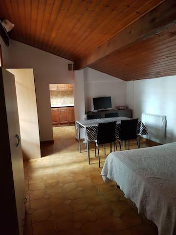 Studio quartier Calme , proche mer - Fréjus - House