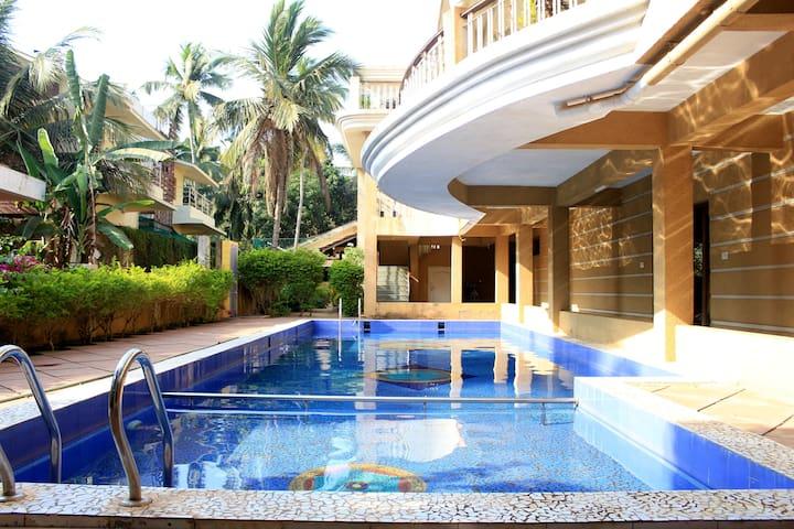 ❤Fabulous 1BHK  With Pool & Wi-Fi Near Baga Beach❤