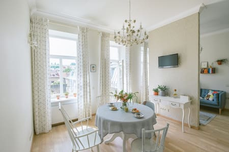 New, bright and very central - Vilnius - Apartment