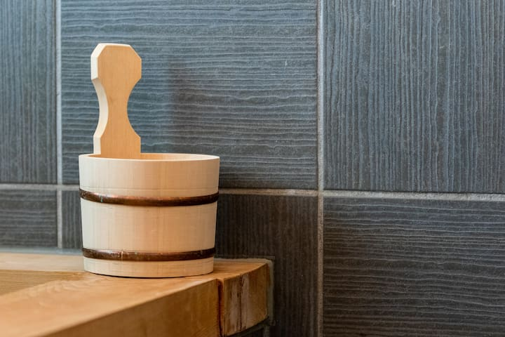 Onsen inspired tub