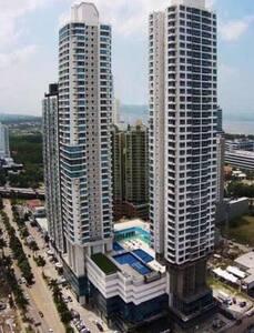 Habitación Privada zona Exclusiva - Panamá