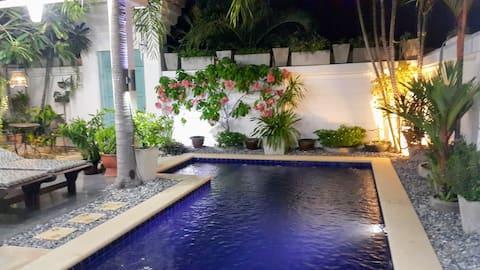 Villa privata con 1  camera da letto e piscina.