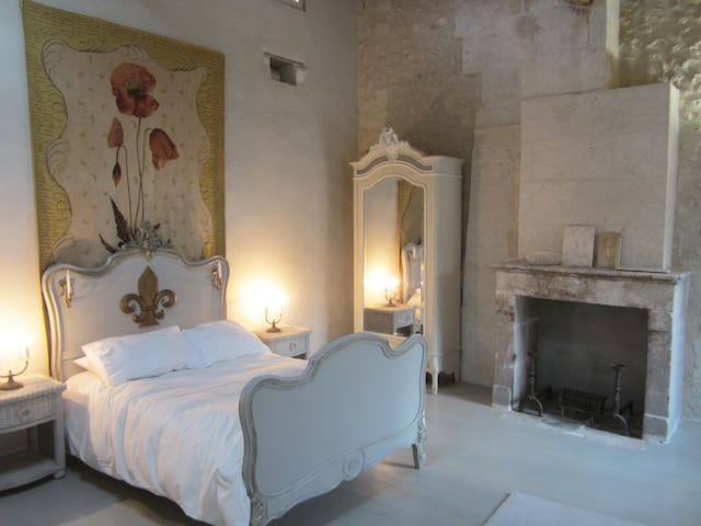 Romantic/Elegant Barn Conversion-2 Double Bedrooms